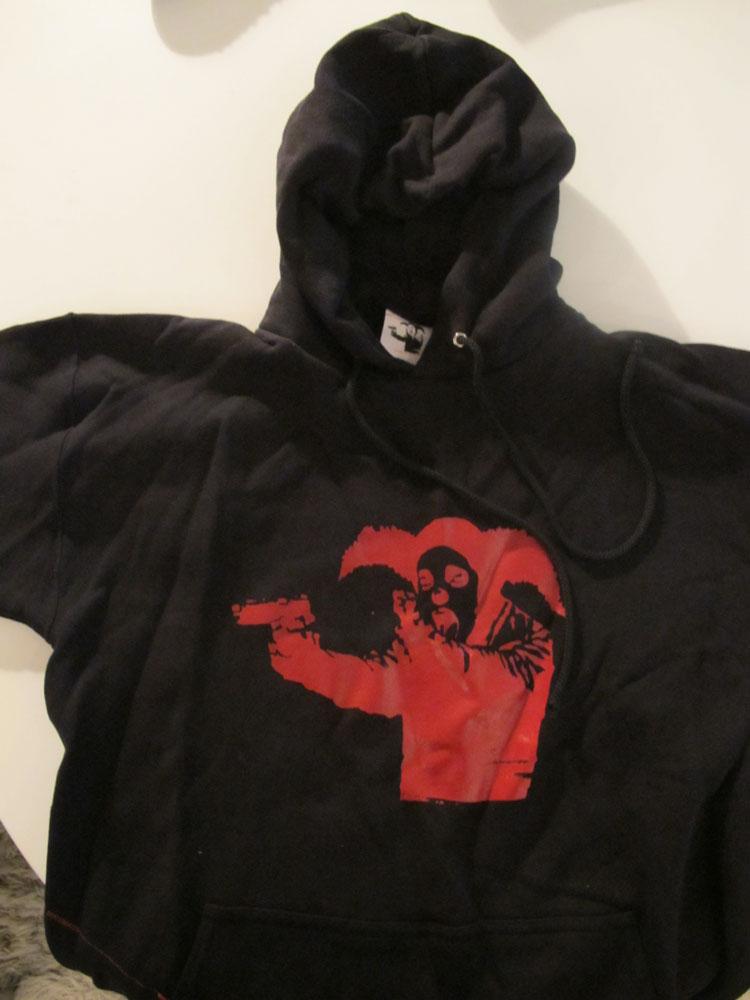 http://hankpank.net/banksy/misc/clothes-clown.jpg